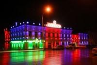 Наружное освещение: архитектурное освещение зданий, фасадов дома в Новоалтайске